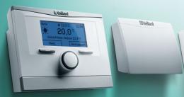 Temperatūros valdiklio multiMATIC VRC 700/4 ir Internetinio valdymo modulio VR920 komplektas