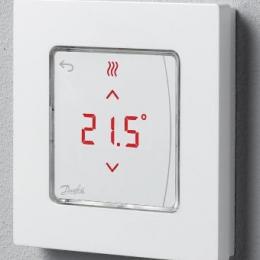 Icon™ su displėjumi, virštinkinis patalpos termostatas, 230V/50Hz, temp. ribos 5-35C, 3(1)A/230V AC